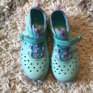 NWOT Stride Rite size 12 plastic shoes